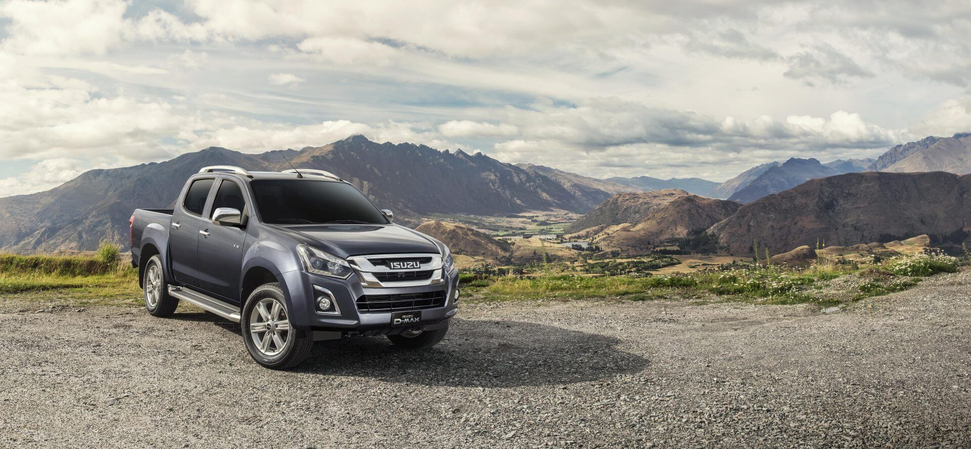 16MY-41B-ISUZU_D-MAX_Mountain_view_EU_LHD